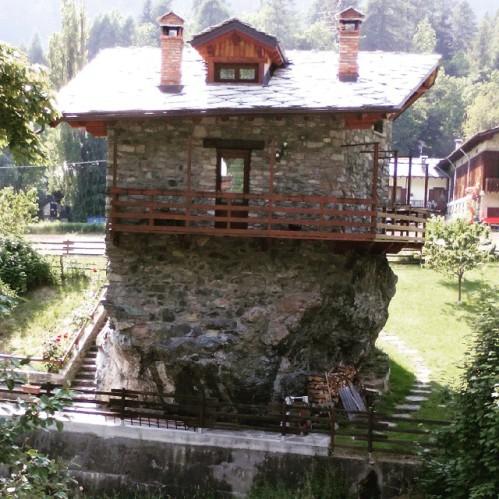 la casa sulla roccia